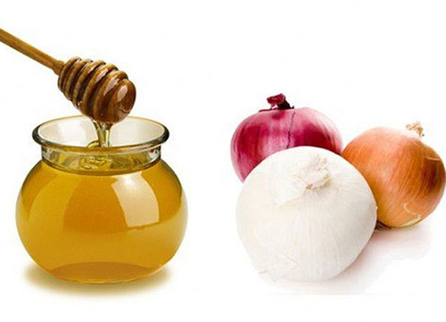 лук и мед для компресса