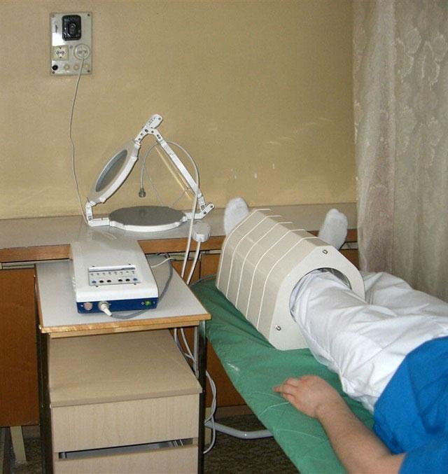 процедура магнитотерапии коленного сустава