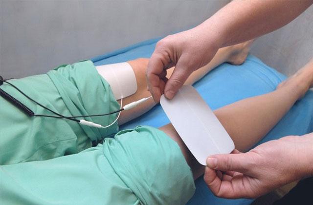 электрофорез на область коленного сустава